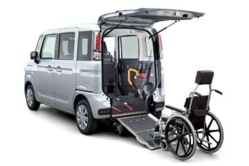 新型「マツダ フレアワゴン 車いす移動車」