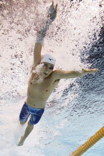 男子400メートル自由形決勝 3分47秒10で初優勝した吉田啓祐=東京辰巳国際水泳場