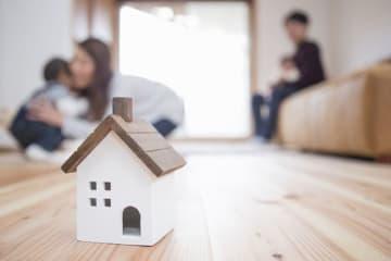 我が家は住宅ローンの繰り上げ返済をすべきかプロに診断してほしい! 今回は2年後に返済10年目を迎える40歳の方の相談を元に、住宅ローンガイドの大島浩之さんが繰り上げ返済をシミュレートします