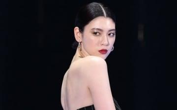 「マイナビ presents 第28回 東京ガールズコレクション 2019 SPRING/SUMMER」に登場した三吉彩花さん