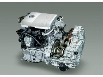 トヨタのHV関連の有効な特許数、約2万3740件が詰まったハイブリッドパワートレーン。今回、開放すると発表したのは電動化にかかわるモーターや電力変換装置、電池関連など基本性能を左右する大半の最新技術だ