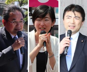 県議選であいさつや演説、街頭活動をする(右から)古賀氏、白川氏、岩永氏。