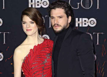 Kit Harrington & Wife Rose Leslie Cuddle Up On 'Game Of Thrones' Final Season Premiere Red Carpet