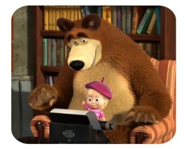 ロシアのアニメ「マーシャと熊」の第42話「映画の日」の一場面(アニマックコルド社提供、共同)