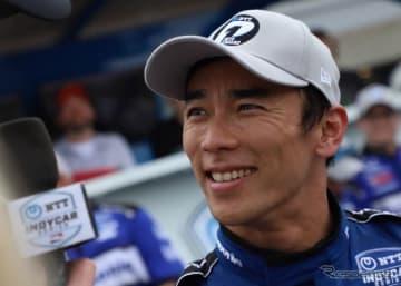 佐藤琢磨が今季初のトップチェッカー(写真は予選時)。