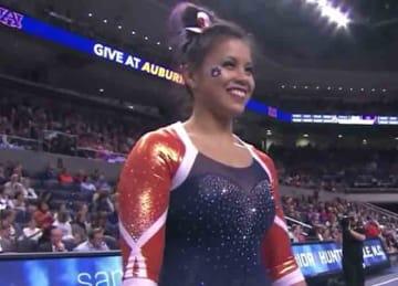 Auburn gymnast Samantha Cerio snaps both legs