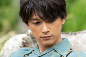吉沢亮ふんする山田天陽 - (C) NHK
