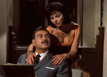 Nadja Regin, 'Goldfinger' Bond Girl, Is Dead At 87