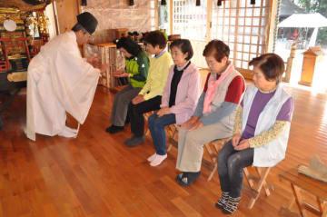 解散した北霧島山楽会の会員が開いた、霧島連山の安全祈願祭