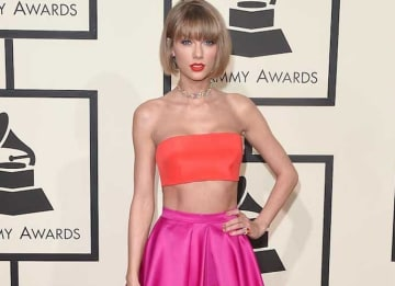 Taylor Swift's Grammys 2016 Look Got Mixed Reviews From Fashion Police