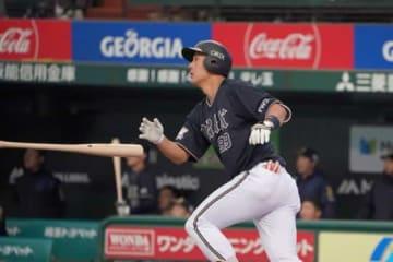 この試合2本目となる本塁打を放ったオリックス・杉本裕太郎【写真:荒川祐史】