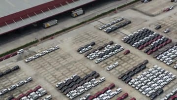 産業チェーンごと共同進出 五菱汽車インドネシア工場