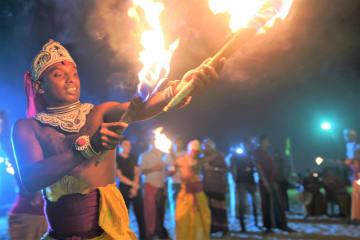 中国とスリランカの職員がスリランカの新年を共に祝う
