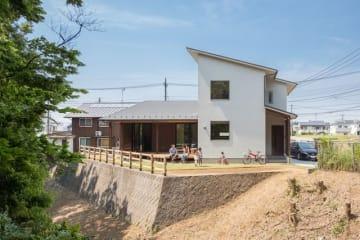 A-sense建築設計が手掛ける、自然素材和モダンのデザイン住宅「藍舎」