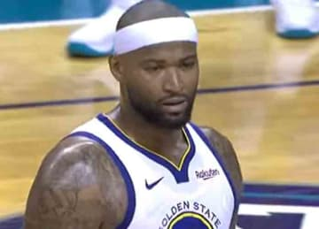 Warriors' DeMarcus Cousins draws technical foul for throwing shoe vs. Hornets
