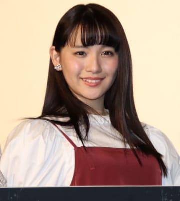 「映画としまえん」の完成披露上映会に登場した浅川梨奈さん