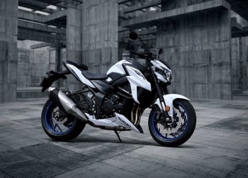 GSX-S750=スズキ・モーターサイクル・インディア提供