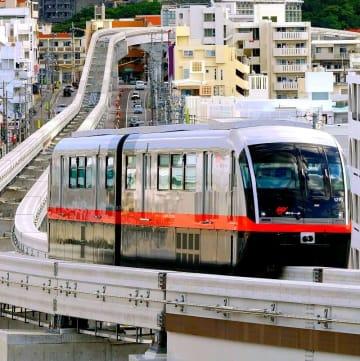 沖縄都市モノレールの車両(金城健太撮影)