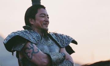 大沢たかお、腕がすごい! - (C) 原泰久/集英社 (C) 2019映画「キングダム」製作委員会