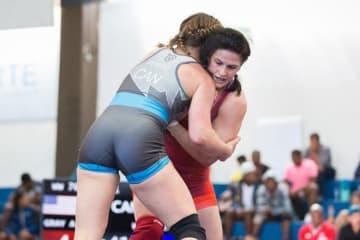 オリンピック・チャンピオンを破って優勝したアデライン・グレイ(米国)=提供・UWW