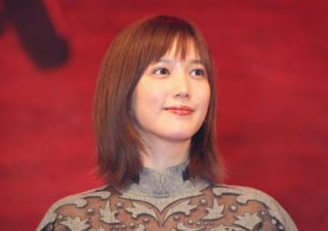 映画「空母いぶき」の完成披露試写会に登場した本田翼さん
