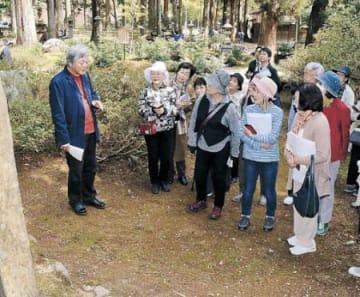 家持に思いはせ散策 高岡、射水で奈良の22人万葉集ツアー