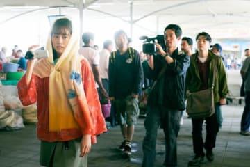 左から前田敦子、柄本時生、加瀬亮、染谷将太 - (C)2019「旅のおわり世界のはじまり」製作委員会/UZBEKKINO