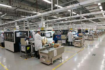 ファーウェイ松山湖工場の生産ライン