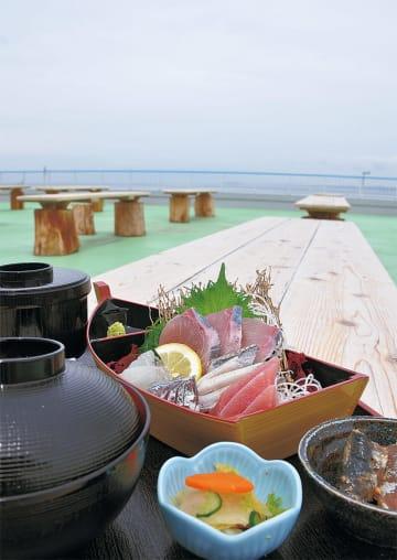鮮度が自慢の「刺身定食」(1500円)