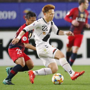 Soccer: Gyeongnam beat Kashima 1-0, Jeonbuk top Urawa 2-1 in ACL