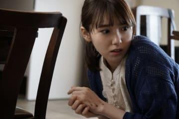視線を逸らすと、殺される── 飯豊まりえが初単独主演、ホラー映画『シライサン』2020年1月公開