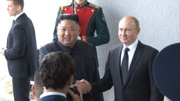 初めて プーチン大統領と金委員長が会談 「朝鮮半島 正常化を」