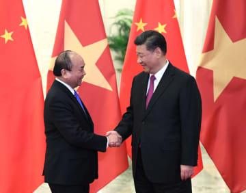 習近平主席、ベトナム首相と会見 「一帯一路」と「二廊一圏」の連携を強化