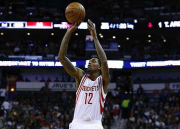 Lou Williams lifts Rockets to win vs Thunder