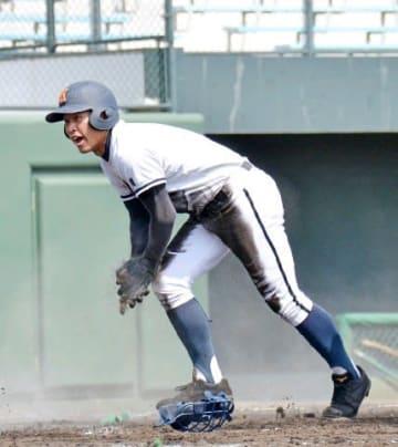 興南18季ぶり6度目決勝進出 大分に7-5 春季九州高校野球