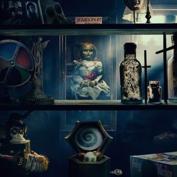 触れば命の保証はない… 『アナベル 死霊博物館』日本版予告、IMAX/4D上映が決定