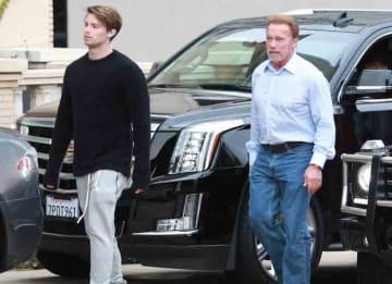 Patrick Schwarzenegger, Arnold Schwarzenegger,