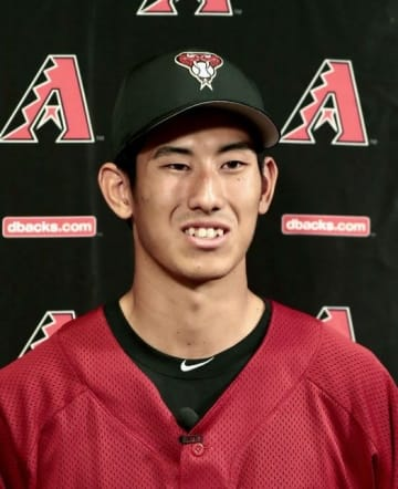 吉川峻平投手