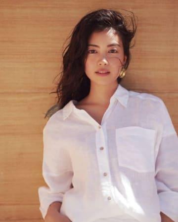 女性ファッション誌「Oggi」6月号に登場した矢野未希子さん