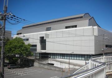 和歌山市民図書館(「Wikipedia」より)