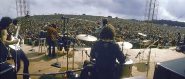1969年8月、米ニューヨーク州ベセルで開かれた野外音楽祭「ウッドストック・フェスティバル」(ライフ提供・ゲッティ=共同)