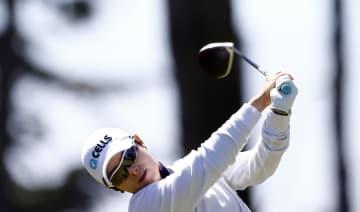 米女子ゴルフのメディヒール選手権第1日、首位に並んだチ・ウンヒ=2日、サンフランシスコ(ゲッティ=共同)