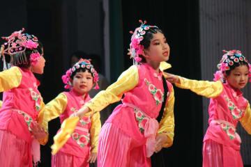 子ども向け伝統演劇イベント開催 河北省邯鄲市