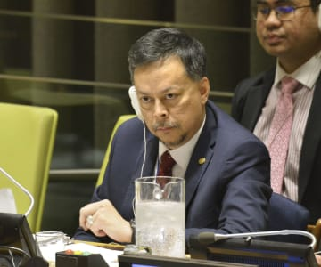 NPT再検討会議の第3回準備委員会で、議事進行するサイード議長=3日、米ニューヨークの国連本部(共同)
