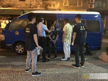 マカオ治安警察局が逮捕したモンゴル人のスリ2人組=2019年5月1日(写真:マカオ治安警察局)