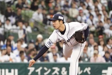 今季2敗目を喫した西武・本田圭佑【写真:荒川祐史】