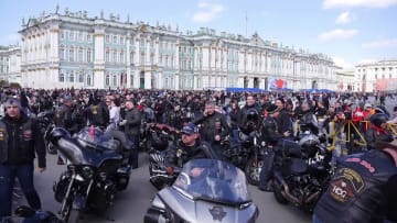 今年のバイクシーズンがスタート サンクトペテルブルク