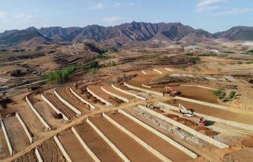 廃鉱の修復で環境保護型の発展を推進 河北省遷安市