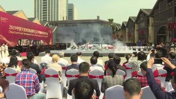 歴史ある大運河のほとりで国際ピアノ芸術祭が開幕