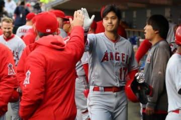 第2打席、今季初打点を挙げたエンゼルス・大谷翔平【写真:Getty Images】